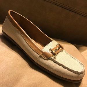 Aerosoles 8.5M Comfort Loafer Walking Shoe Tan Moc